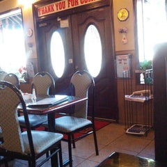Photo taken at Makarios Kabobs & Grill by Ron W. on 10/28/2012