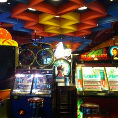 Photo taken at Dave & Buster's by Joshua W. on 7/7/2013