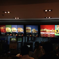 Photo taken at McDonald's by Ricardo A. on 3/1/2013