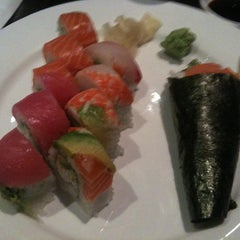 Photo taken at Ki Sushi & Sake Bar by Gigi on 9/27/2012
