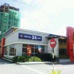 Photo taken at McDonald's Kota Bharu Drive Thru by Mohamad Fahimi S. on 1/28/2013