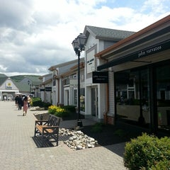 Photo taken at Woodbury Common Premium Outlets by Ozgur on 6/28/2013