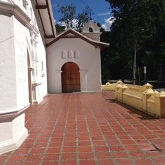 Photo taken at Iglesia La Niña María by Lina Maria Z. on 6/11/2014