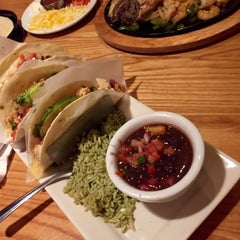 Photo taken at Chili's Grill & Bar by Rosalyn S. on 8/29/2015