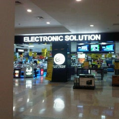 Photo taken at Electronic Solution by Boy G. on 1/2/2012