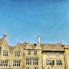 Photo taken at Stow-on-the-Wold by Bom N. on 4/8/2015