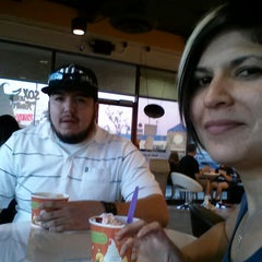 Photo taken at Tutti Frutti Frozen Yogurt by Joy Q. on 11/26/2012