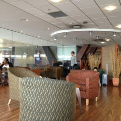 Photo taken at SAA Business Class Lounge - Domestic by Marthinus V. on 1/16/2013