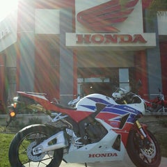 Photo taken at Huntington Beach Honda Motorcycles by Huntington H. on 3/22/2013