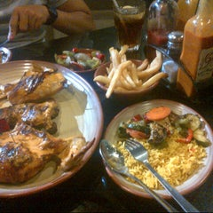 Photo taken at Nando's by Nor Azhar A. on 4/28/2013