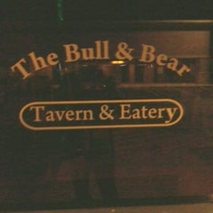 Photo taken at The Bull and Bear by Randy T. on 11/2/2011