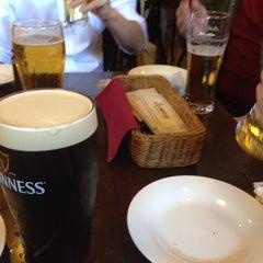 Photo taken at Irish Pub Stasiun 田町店 by mane toro on 8/2/2014