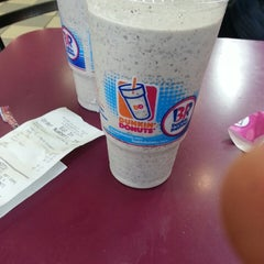 Photo taken at Dunkin' Donuts by Michael T. on 3/29/2013