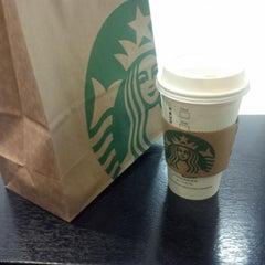 Photo taken at Starbucks 星巴克 by Connon on 1/20/2014