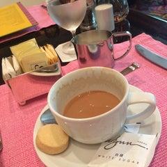 Photo taken at Cafe Esplanade by Karen Gaignon on 7/8/2015