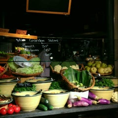 Photo taken at Marché by Ester R. on 5/26/2013