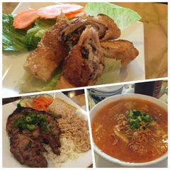 Photo taken at Huong Viet by Diana S. on 9/26/2015