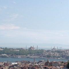 Photo taken at 360 İstanbul by sezin a. on 5/12/2013
