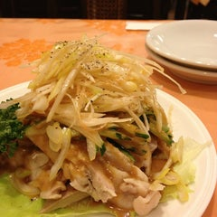Photo taken at 中国料理 味皇 by Kenichi S. on 12/23/2012