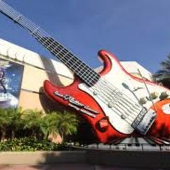 Photo taken at Rock 'N' Roller Coaster Starring Aerosmith by Tony T. on 1/19/2013