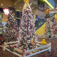 Photo taken at Delta Downs Racetrack, Casino & Hotel by Darryl on 12/8/2012