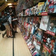 Photo taken at Midtown Comics by Alberto G. on 8/17/2013