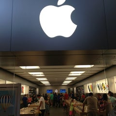Photo taken at Apple Store, Arrowhead by Shawn P. on 6/29/2013
