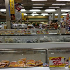 Photo taken at Supermercado Coelho Diniz by Anderson on 2/2/2013
