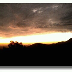 Photo taken at Cumbre Cuesta La Dormida by Loreto F. on 9/19/2012