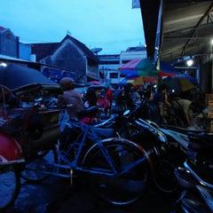Photo taken at Pasar Kranggan by Yunan S. on 11/11/2014
