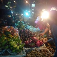Photo taken at Pasar Kranggan by Yunan S. on 4/12/2015