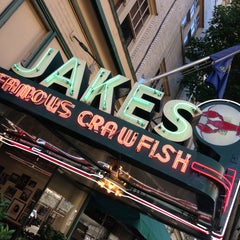 Photo taken at Jake's Famous Crawfish by kHyal™ |. on 6/29/2013