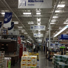Photo taken at Lowe's Home Improvement by Mark K. on 10/6/2012