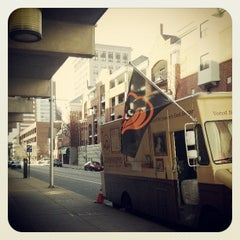 Photo taken at Kooper's Chowhound Burger Wagon by Bmorefrench on 3/14/2013