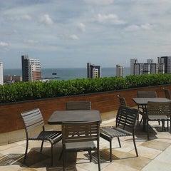 Photo taken at Praia Centro Hotel Fortaleza by Roberto E. on 5/15/2013