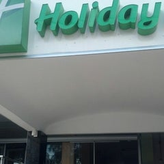 Photo taken at Holiday Inn Sao Luis by Adelino O. on 7/11/2013