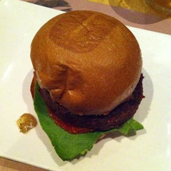Photo taken at Umami Burger by hizKNITS S. on 3/31/2013