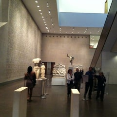 Photo taken at Museum of Fine Arts Houston by David W. on 11/3/2012