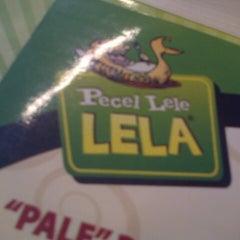 Photo taken at Pecel Lele Lela by Ratna J. on 11/28/2012