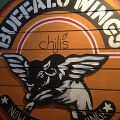 Photo taken at Chili's Grill & Bar by Raissa P. on 12/8/2012