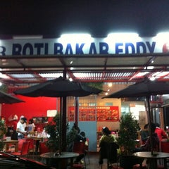 Photo taken at Roti Bakar Eddy by trev p. on 12/11/2012