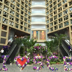 Photo taken at ธนาคารไทยพาณิชย์ สำนักงานใหญ่ (SCB Head Office) by Fhon Sasithorn on 4/1/2015