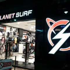 Photo taken at Planet Surf by Ruden F. on 1/28/2013