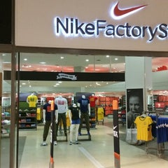Photo taken at Nike Factory Store by Ney G. on 6/10/2014