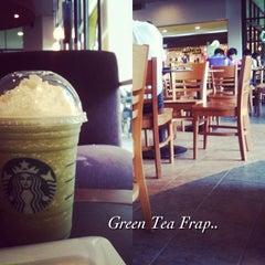 Photo taken at Starbucks by ZA™ on 4/2/2013