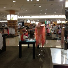 Photo taken at Nordstrom Dadeland Mall by Raysa on 2/14/2013