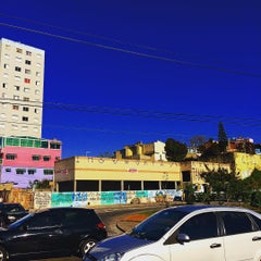Photo taken at Avenida Cupecê by Alexandre P. on 8/11/2015