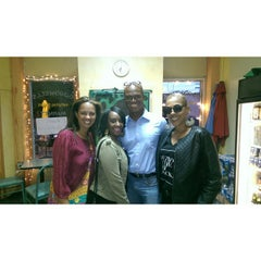 Photo taken at Goodwell's Natural Foods Market by Stephanie W. on 9/28/2014