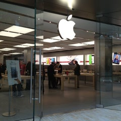 Photo taken at Apple Store, City Creek Center by Kevin J. on 12/11/2012