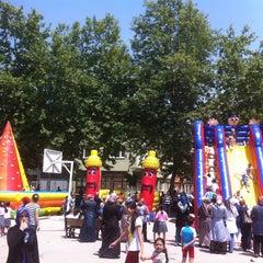 Photo taken at Remzi Zümrüt İlk Öğretim Okulu by Güray on 6/11/2014